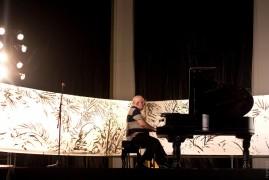 Музика, яка зупиняє час: Саті та Гласс на Гогольфесті