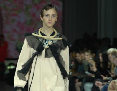 YANA CHERVINSKA. Показ коллекции SS2017 на 39 Ukrainian Fashion Week