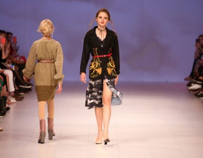 Darja DONEZZ. Показ коллекции SS18 на 41 Ukrainian Fashion Week